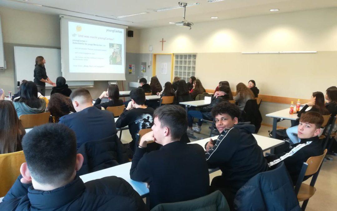 "Workshop ""Armut in Österreich"" mit youngCaritas"